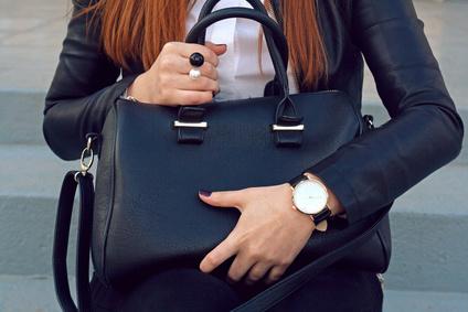 SALE  schwarze Handtasche günstig online kaufen   schwarze Handtaschen e8506ca107